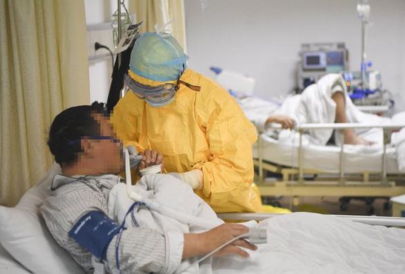 eDoctor - Chuyên gia Việt Nam nói gì về thuốc chống COVID-19 của Trung Quốc?